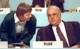 Helmut Kohl e Angela Merkel