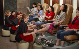 O The Oprah Magazine - Photos featuring racial role-reversals of American women.