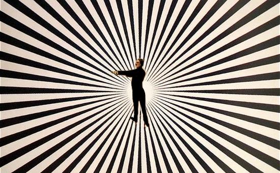 L'induzione in trance ipnotica con tecniche mimate